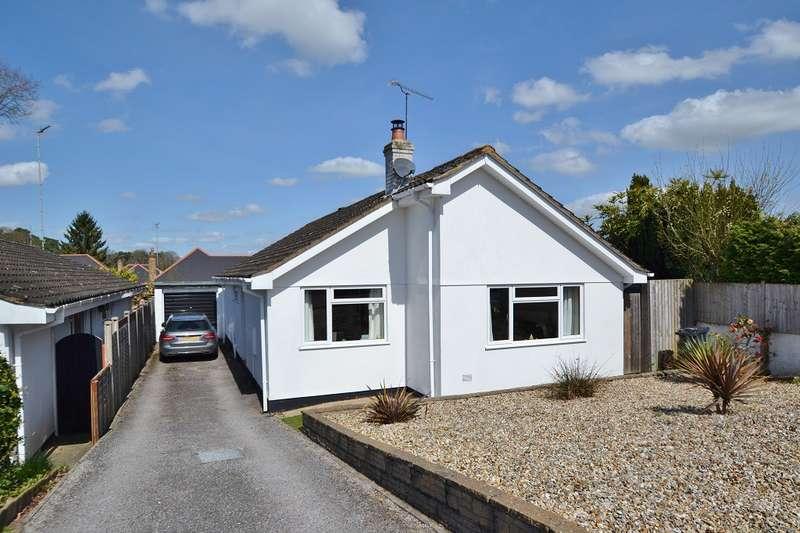3 Bedrooms Bungalow for sale in Alderholt