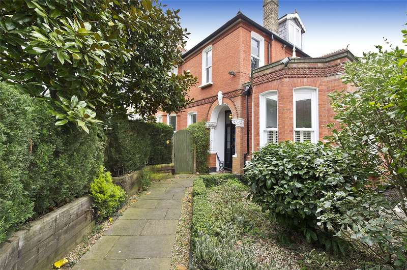 4 Bedrooms Semi Detached House for sale in St. Peters Road, St Margarets, TW1
