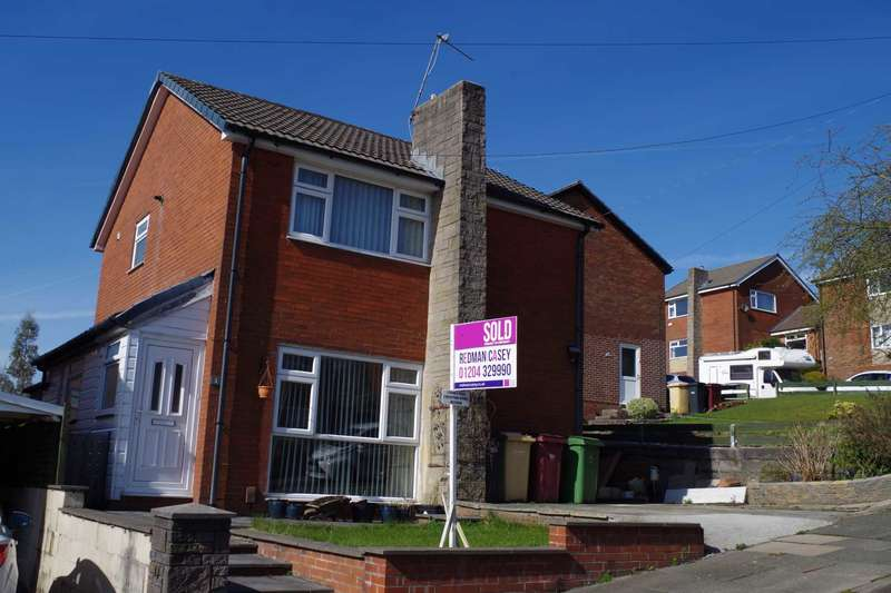 3 Bedrooms Detached House for sale in Douglas Close, Horwich