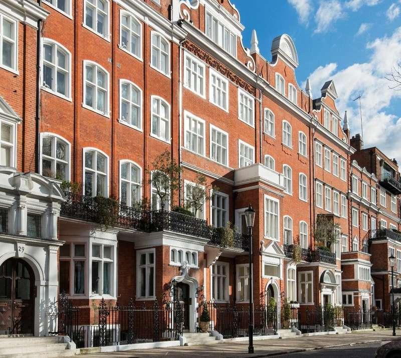 5 Bedrooms Flat for rent in Lennox Gardens, Knightsbridge SW1X