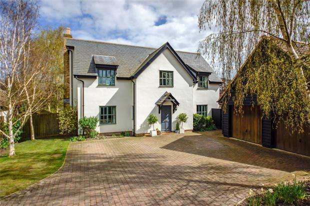 5 Bedrooms Detached House for sale in Cassander Close, Fowlmere, Cambridgeshire