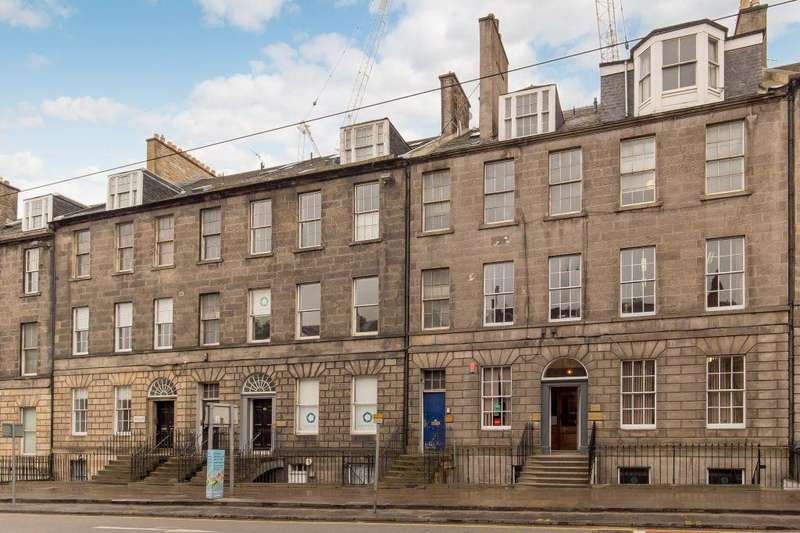 3 Bedrooms Flat for sale in 31/2 York Place, Edinburgh, EH1 3HP