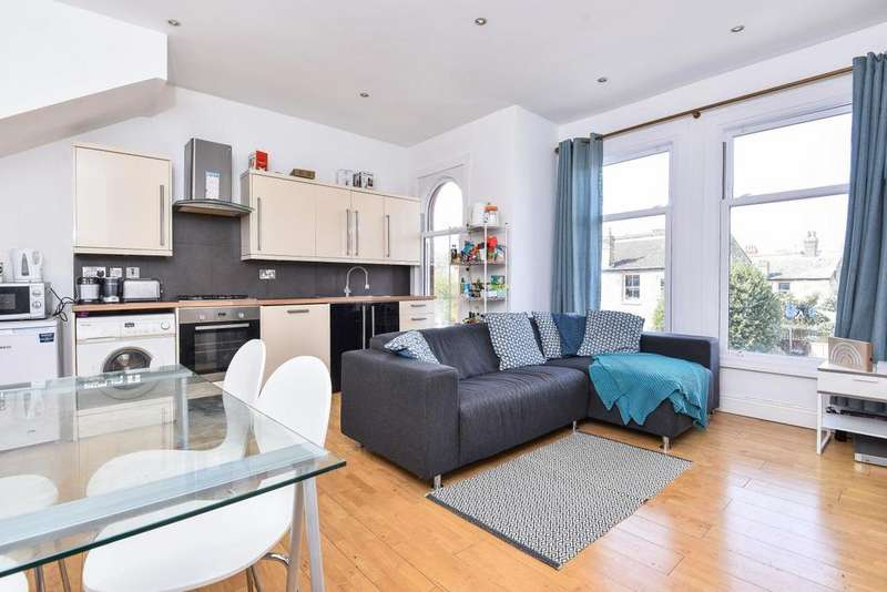 3 Bedrooms Flat for sale in Glenfield Road, Balham