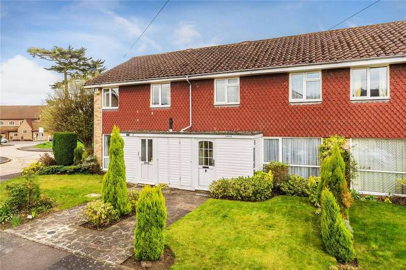 3 Bedrooms Terraced House for sale in Summerly Avenue, Reigate, Surrey, RH2