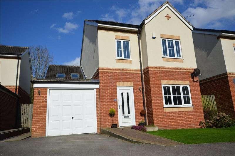 5 Bedrooms Detached House for sale in Hall Lane, Horsforth, Leeds