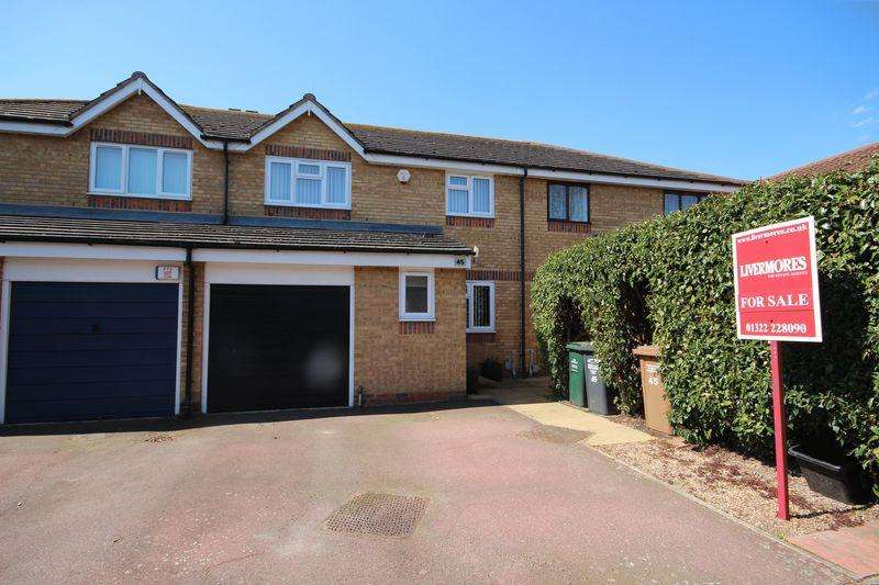 4 Bedrooms Terraced House for sale in Groveherst Road, Dartford