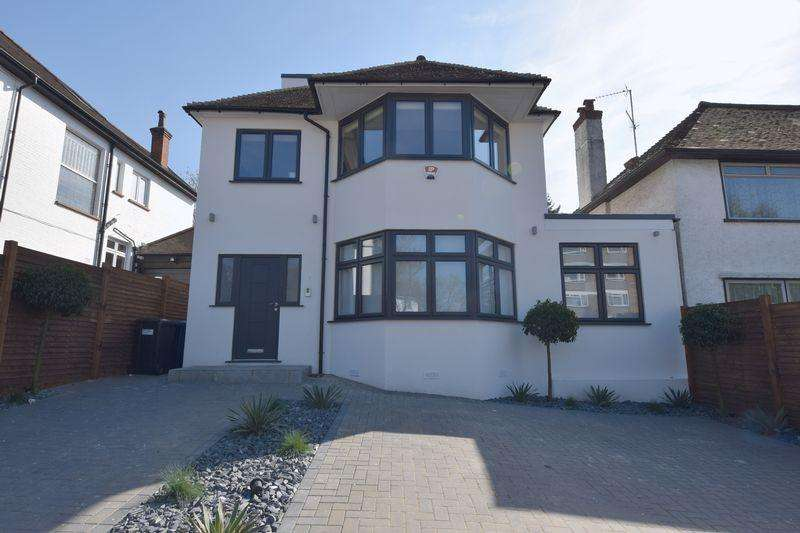 5 Bedrooms Detached House for sale in Wickliffe Avenue, Finchley N3