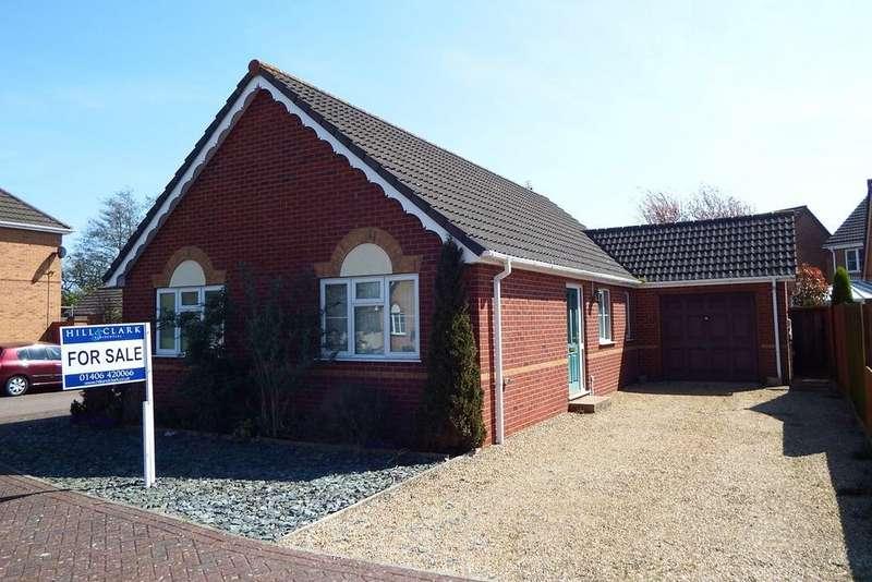 3 Bedrooms Detached Bungalow for sale in John Swains Way, Long Sutton, PE12