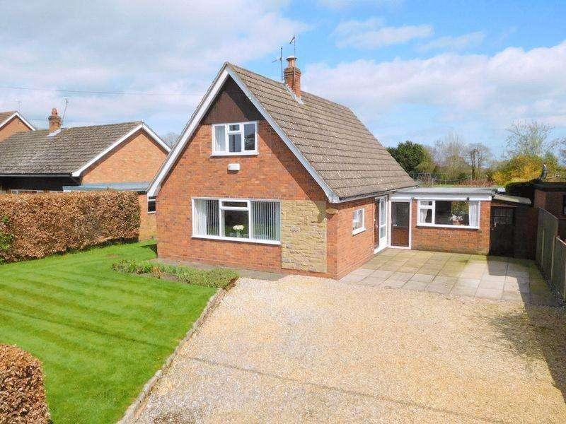 2 Bedrooms Detached House for sale in Sheppenhall Lane, Aston