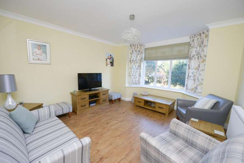 4 Bedrooms Detached House for sale in Somersall Park Road, Chesterfield
