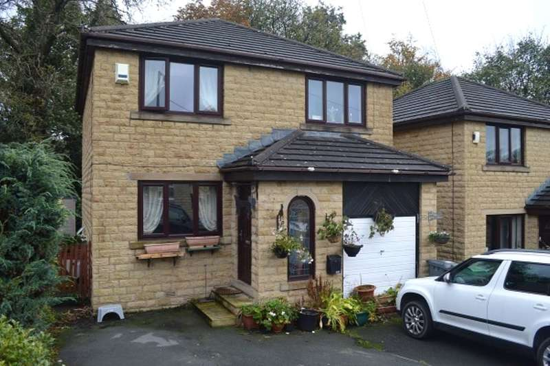 4 Bedrooms Detached House for sale in Birks Road, Longwood, Huddersfield, HD3