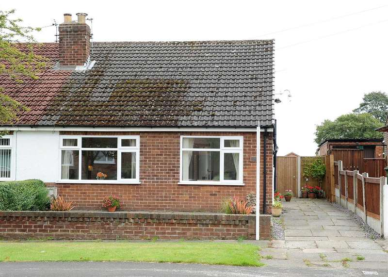 2 Bedrooms Bungalow for sale in 162 Glazebrook Lane, Glazebrook WA3 5AY