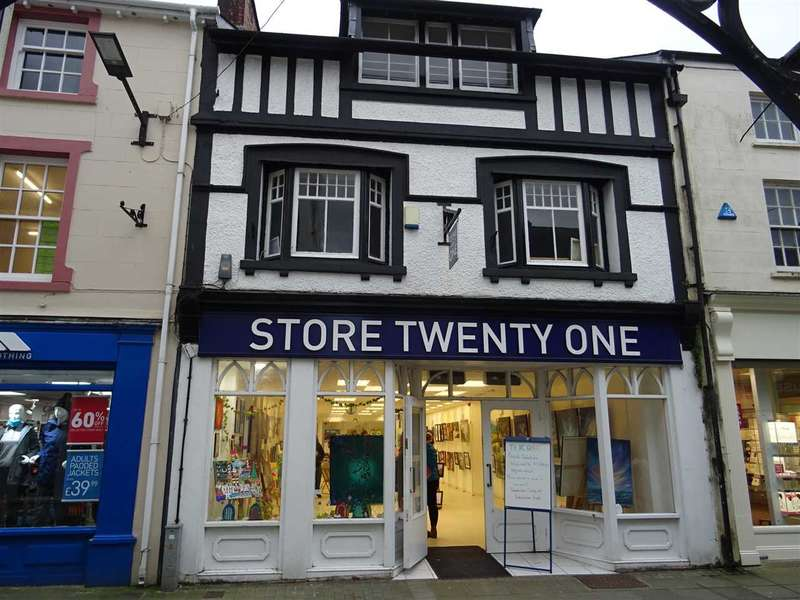 Commercial Property for sale in 26 Bridge Street