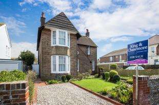 4 Bedrooms Detached House for sale in Homefield Road, Worthing, West Sussex, .