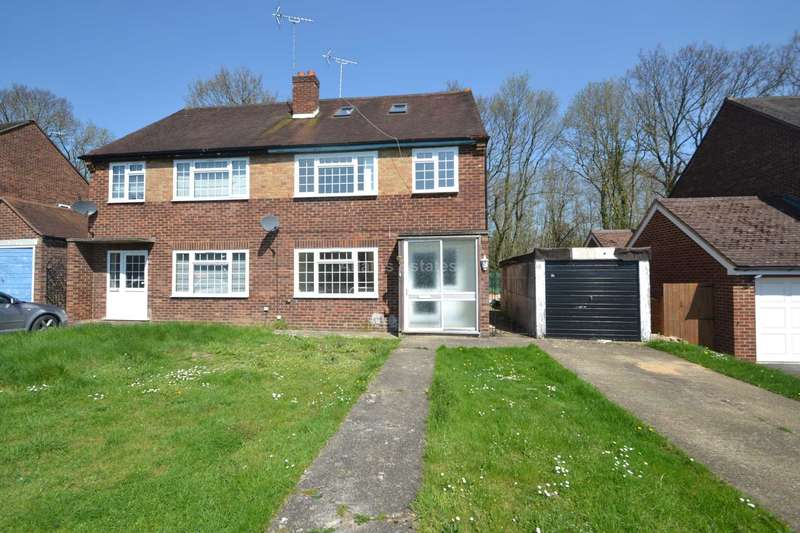 7 Bedrooms Semi Detached House for rent in Courts Road, Reading