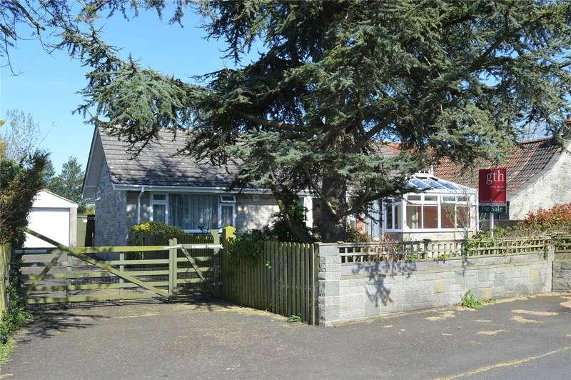 3 Bedrooms Detached Bungalow for sale in Yarrow Road, Mark, Highbridge, Somerset, TA9