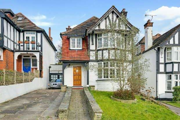 4 Bedrooms Unique Property for sale in Hillway, Highgate N6