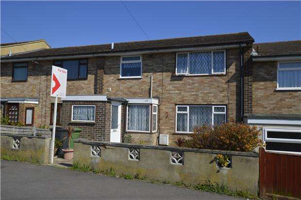 3 Bedrooms Terraced House for sale in Linley Drive, HASTINGS, East Sussex, TN34 2BX