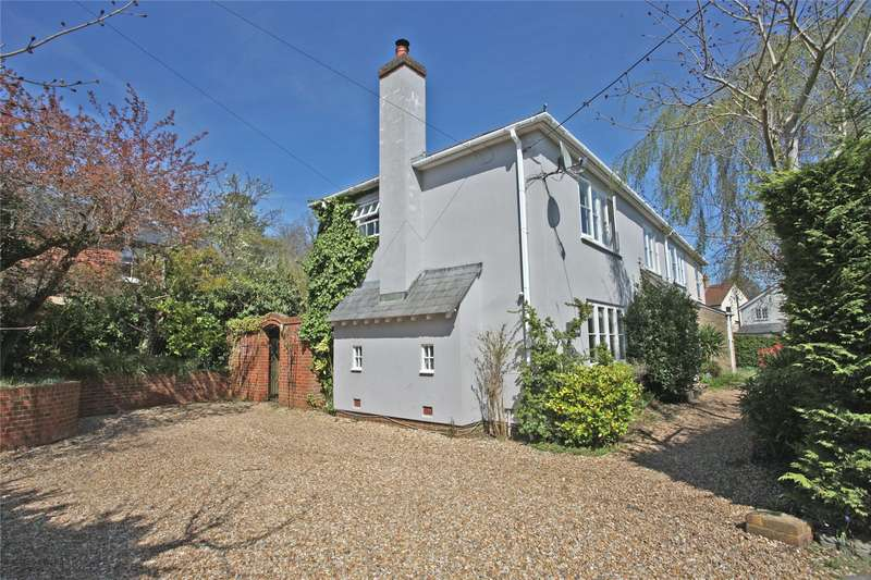 5 Bedrooms Semi Detached House for sale in Middle Bourne Lane, Lower Bourne, Farnham, Surrey, GU10