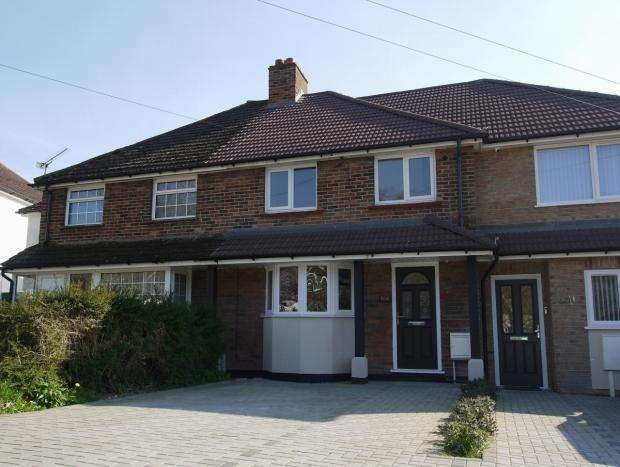 3 Bedrooms Terraced House for sale in Dynes Road, Kemsing, Sevenoaks