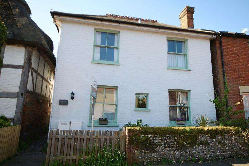 4 Bedrooms Detached House for sale in East Street, Emsworth