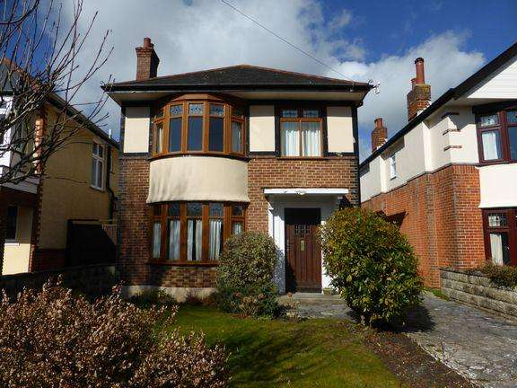 3 Bedrooms Detached House for sale in Boscombe East, Bournemouth
