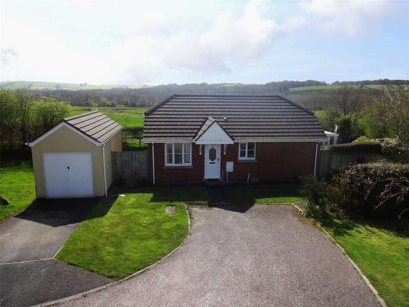 2 Bedrooms Detached Bungalow for sale in Bullow View, Winkleigh