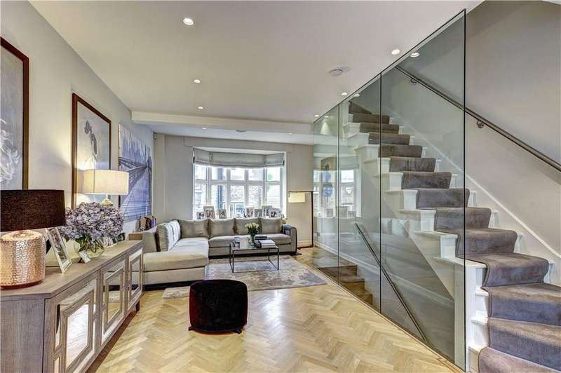 3 Bedrooms Terraced House for sale in De Vere Cottages, Canning Place, London, W8