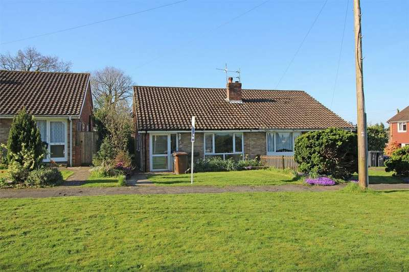 2 Bedrooms Semi Detached Bungalow for sale in Queens Approach, Uckfield, East Sussex