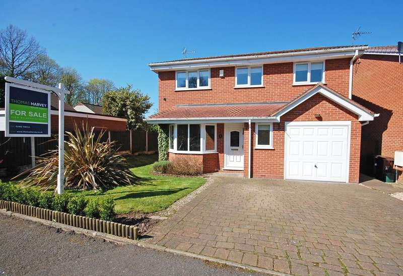 3 Bedrooms Detached House for sale in Brompton Lawns, Tettenhall Wood, Wolverhampon WV6