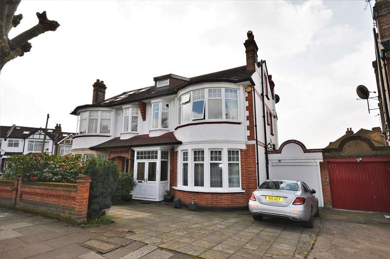 5 Bedrooms Semi Detached House for sale in Broomfield Lane, Palmers Green, London. N13