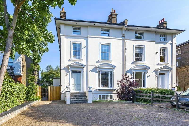 2 Bedrooms Flat for sale in Shooters Hill Road, London, SE3