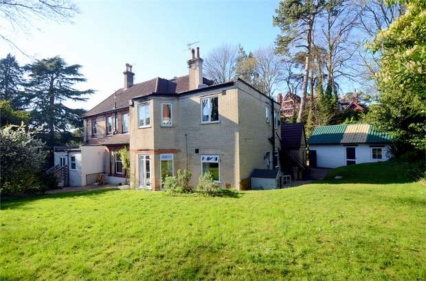2 Bedrooms Flat for sale in Bodorgan Road, Meyrick Park, Bournemouth