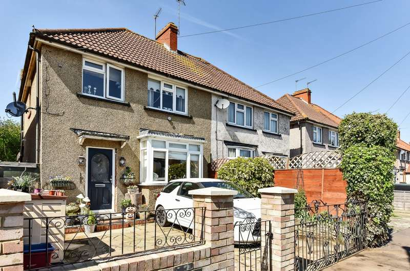 3 Bedrooms Semi Detached House for sale in Raleigh Road, Feltham, TW13