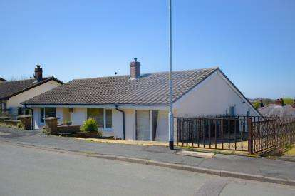 House for sale in Irwell Rise, Bollington, Macclesfield, Cheshire