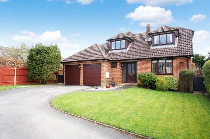4 Bedrooms Detached House for sale in Sainfoin Lane, Oakley, Hants, RG23 7HZ