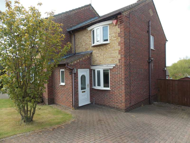 2 Bedrooms Semi Detached House for rent in Blairgowrie, Marton-in-Cleveland, Middlesbrough, TS8 9XU