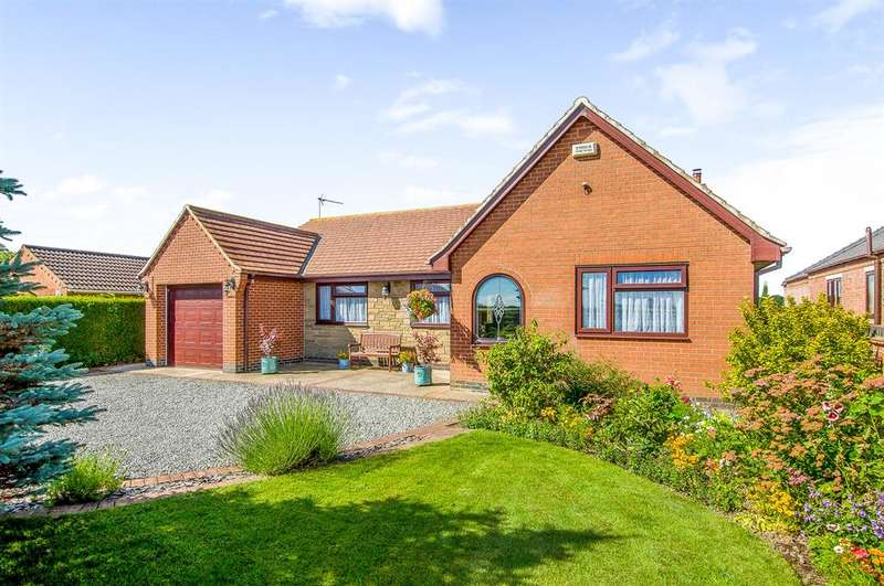 3 Bedrooms Detached Bungalow for sale in Newland, Goole, DN14 7XD
