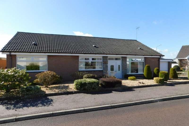 3 Bedrooms Detached Bungalow for sale in Howacre, Lanark, ML11