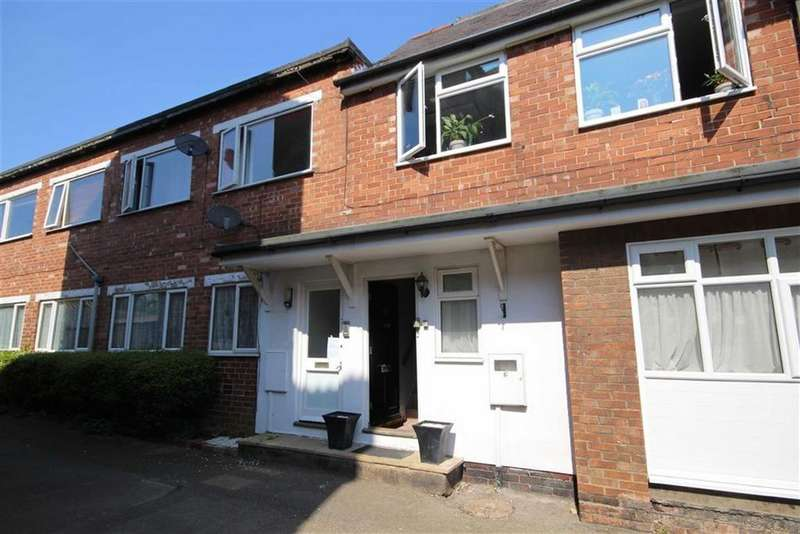 2 Bedrooms Flat for sale in Mill Lane, Heighington, Lincoln, Lincolnshire