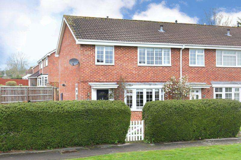 3 Bedrooms Terraced House for sale in Broadmead, Trowbridge