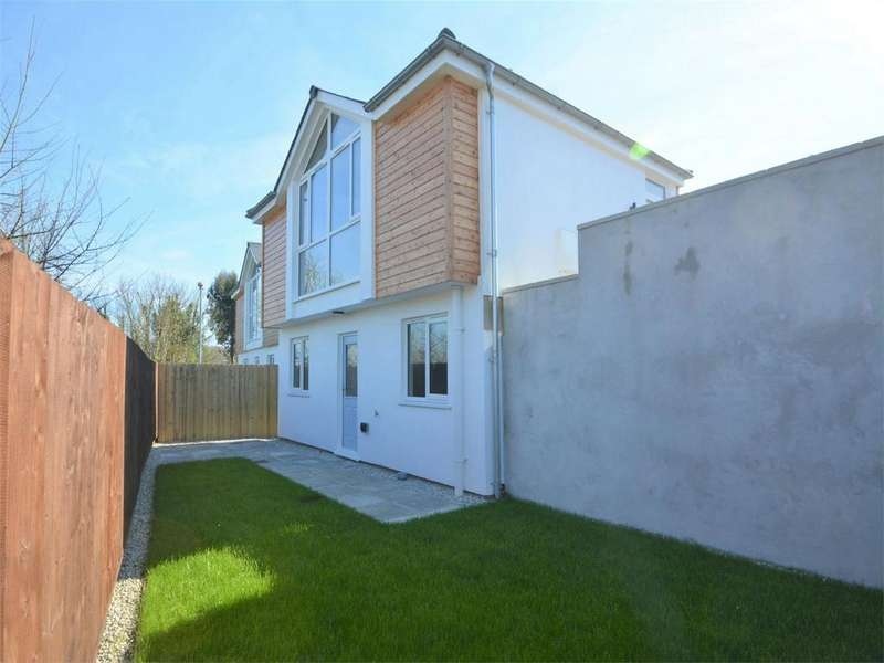 2 Bedrooms Detached House for sale in Green Lane, Penryn, Cornwall