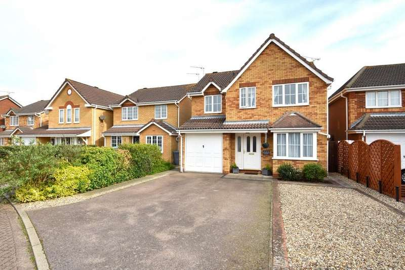 4 Bedrooms Detached House for sale in Dogwood Close, Purdis Farm, IP3 8UL