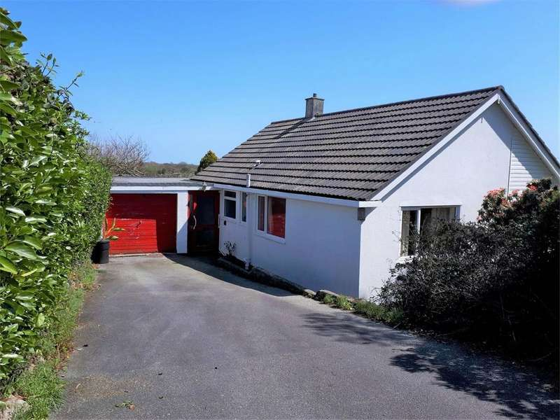 3 Bedrooms Detached Bungalow for sale in Penryn, Cornwall