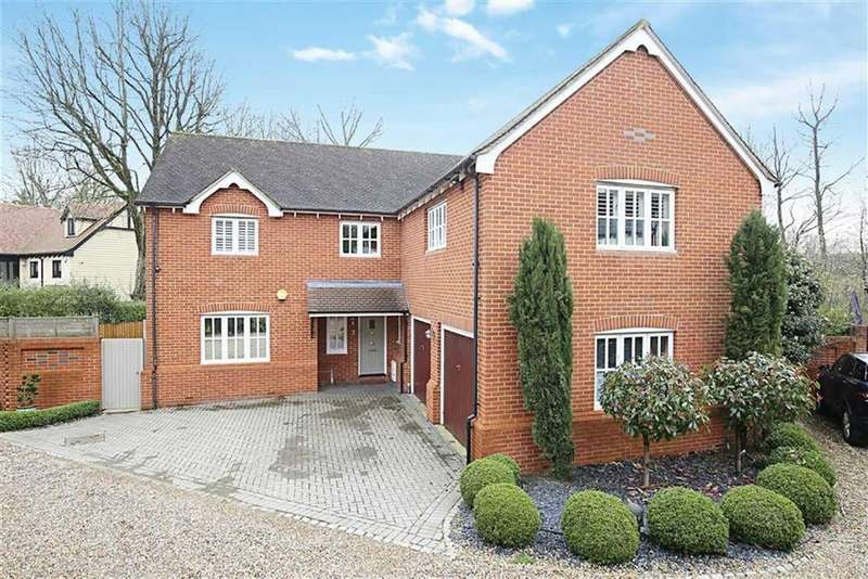 5 Bedrooms Detached House for sale in Wing Close, North Weald, Essex
