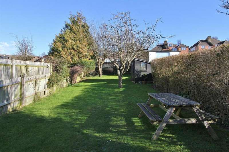 3 Bedrooms House for sale in Highfield Crescent