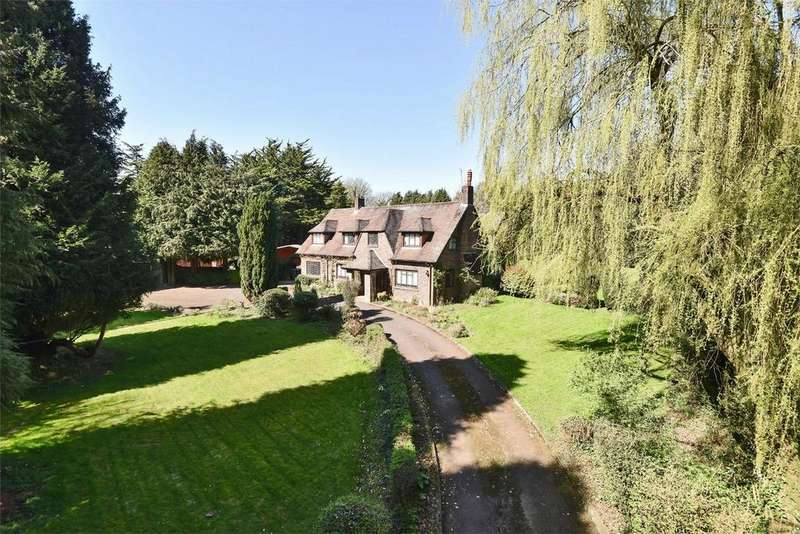 4 Bedrooms Detached House for sale in Compton, Winchester, Hampshire