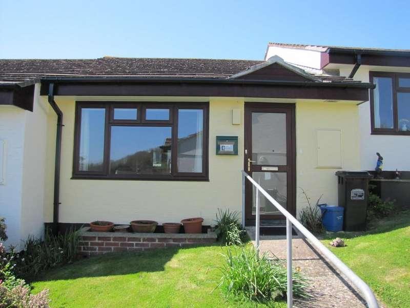 1 Bedroom Terraced Bungalow for sale in Bishops Court, Bishopsteignton, TQ14 9RS