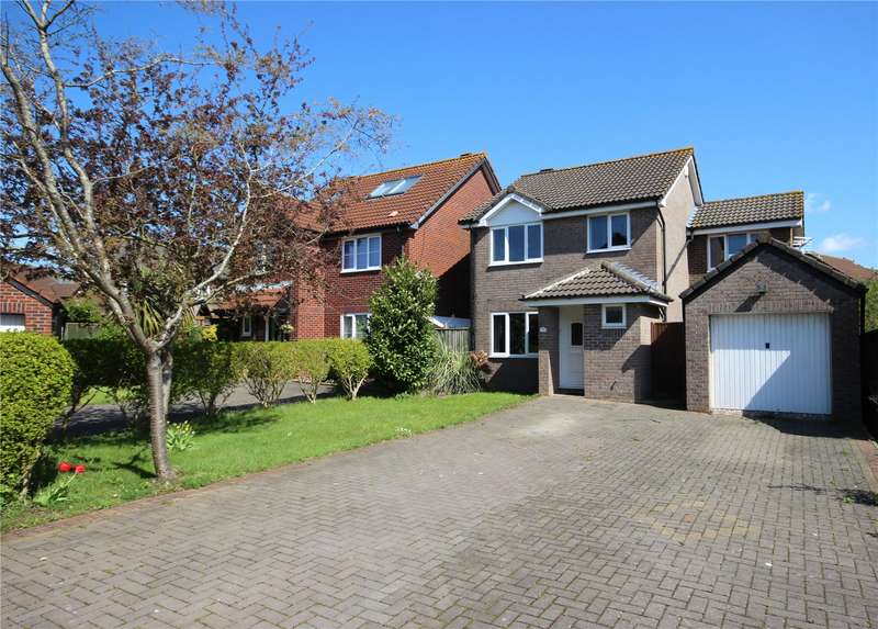 4 Bedrooms Detached House for sale in Badgers Close Bradley Stoke Bristol BS32
