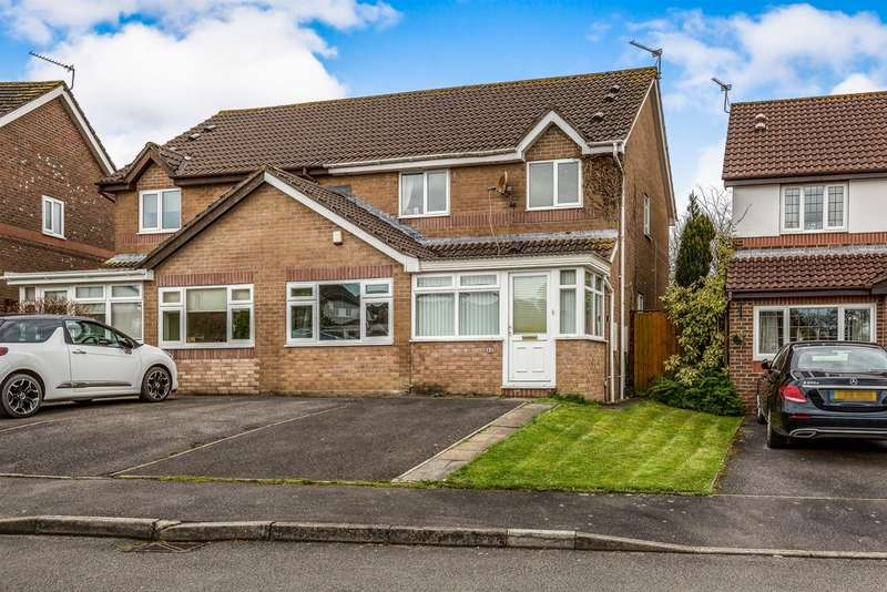 3 Bedrooms Semi Detached House for sale in Banc-Yr-Allt, Bridgend